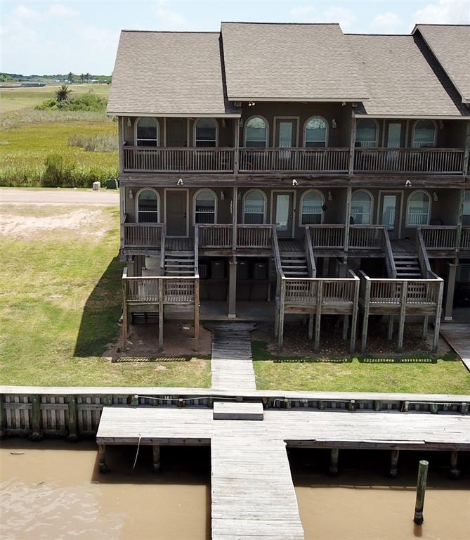 161 Boat Slip RD, Matagorda, TX 77457