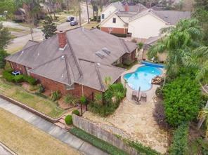 2223 Woodside Drive, Houston, TX 77062