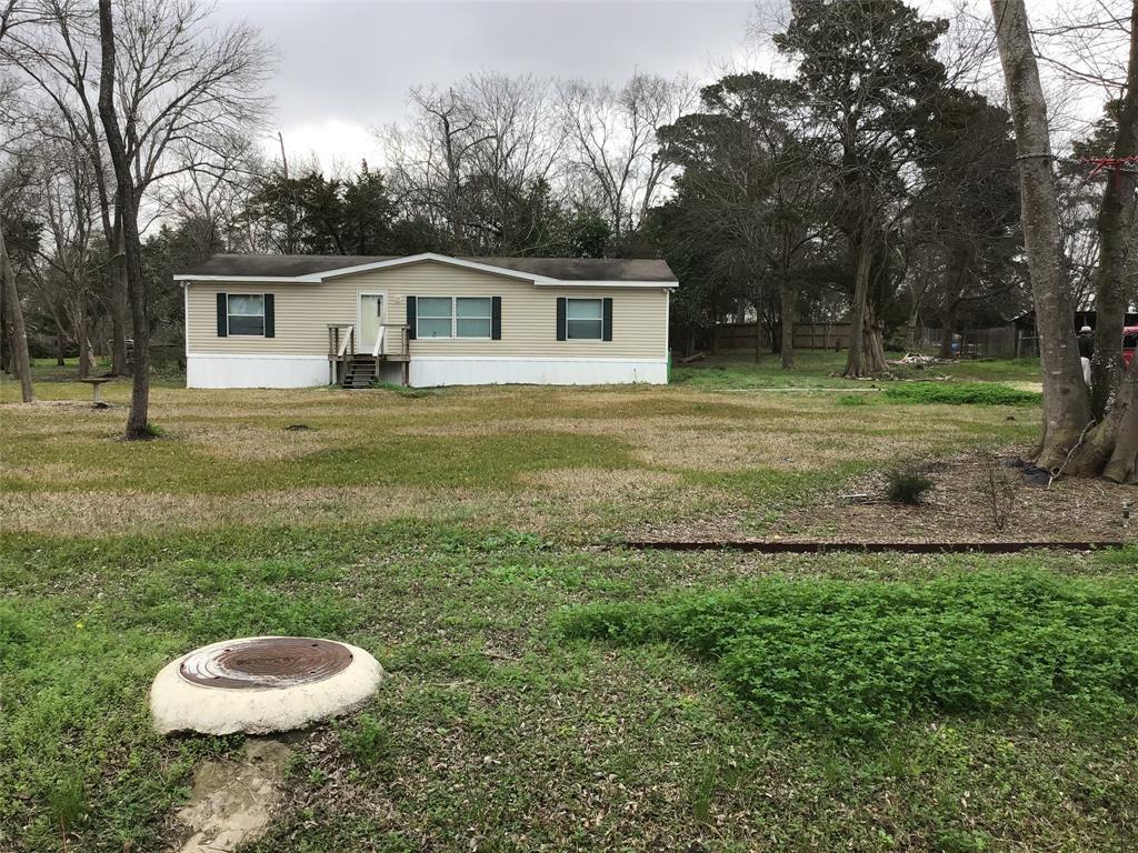 316 Riverside Street, Highlands, TX 77562