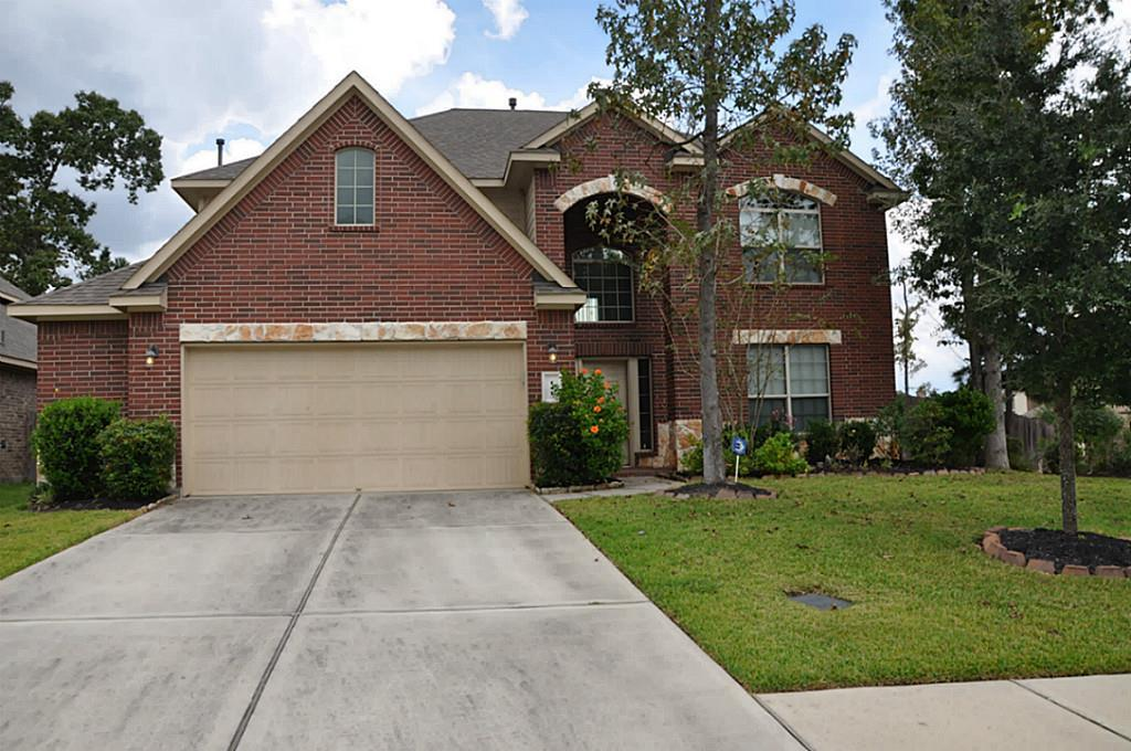 Beautiful 4 bedroom 2.5 bath home on a corner lot in Jacobs Reserve facing Jones State Park. Open floorplan,  Granite counters in kitchen, includes a refrigerator. Enjoy the neighborhood pool, recreation center,  and the easy access to all The Woodlands has to offer. Jacobs Reserve has a large pool, a toddler pool, and a splash pad!  Make your appointment today!!
