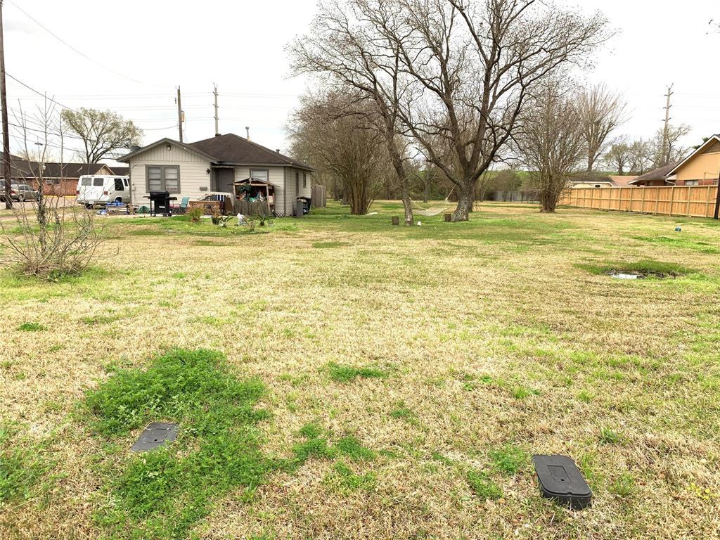 10934 Lane Street, Houston, TX 77029