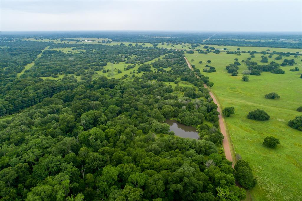 000 Boulton Creek Road, Muldoon, TX 78949