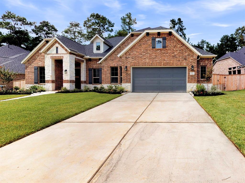 2024 Green Terrace Lane, Pinehurst, TX 77362