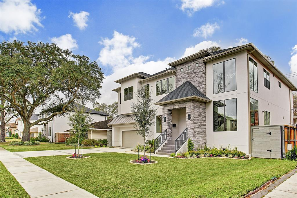 5114 Mimosa Drive, Bellaire, TX 77401