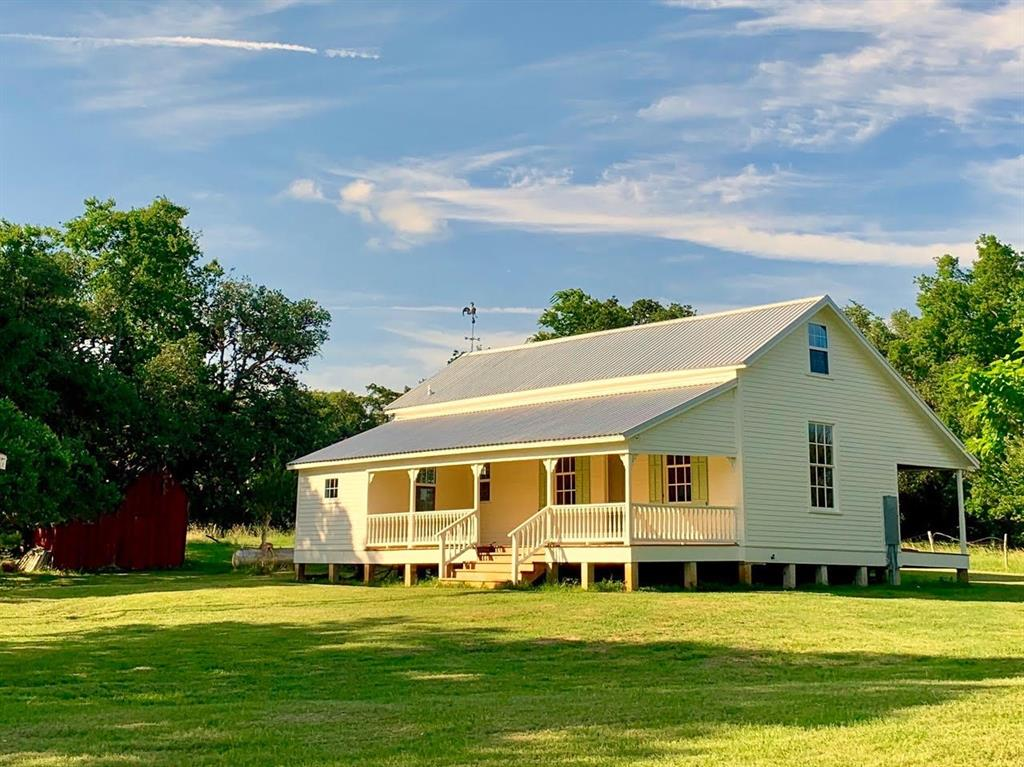 171 CR 227 Road, Schulenburg, TX 78956