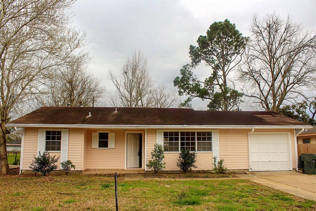 9255 Gardner Street, Beaumont, TX 77707