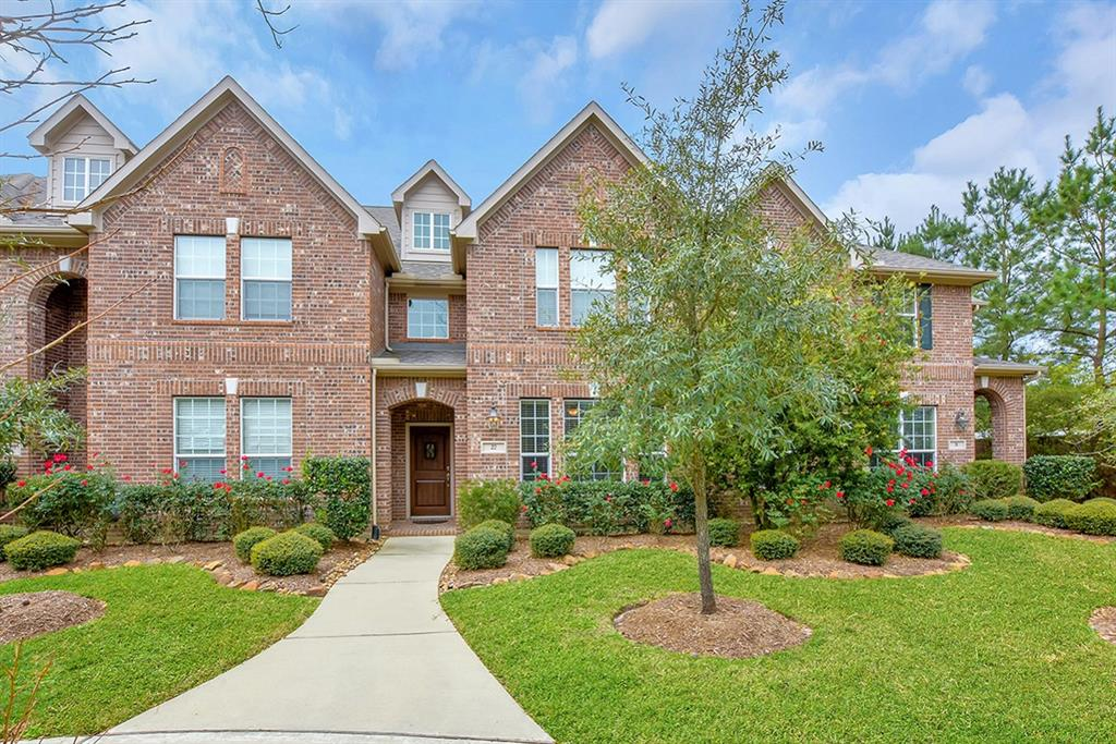 **FULLY FURNISHED TOWNHOME, Walking distance to Joel L Deretchin Elementary and Tree House Preschool, parks and tennis courts on Terramont Park. This cozy 2 story townhome on a quiet neighborhood is fully furnished and equipped with all appliances and kitchen supplies. All bedrooms up, Master with King size bed, Bedroom 2 with  three beds bunkbed, Bedroom 3 with sofa bed and desk. 2 full baths up and one half bath on first floor. Living/dining/kitchen combo, spacious master bedroom and bath, walk-in closets and ceiling fans. Short term available, 6 months min. $ 2700.00 per month. ** PROFESSIONALLY CLEANED CARPETS!! READY TO MOVE IN...