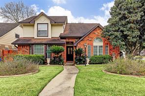 8202 Town Creek Drive, Houston, TX 77095