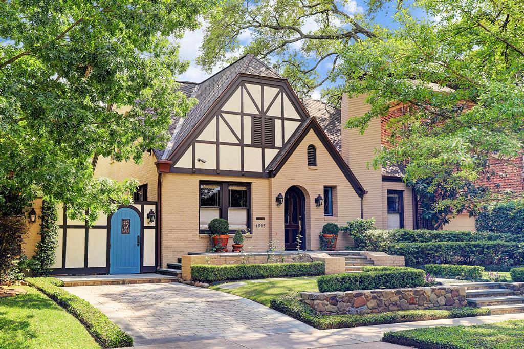 1913 Wroxton Road, Houston, TX 77005