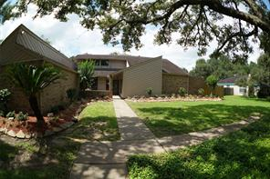 9 renwick street, bay city, TX 77414