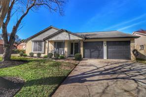10907 Mesquite Drive, La Porte, TX 77571