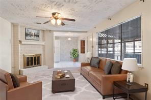 139 W White Willow Circle, The Woodlands, TX 77381