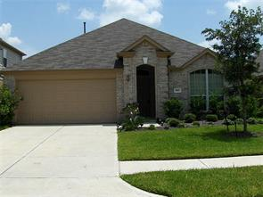 2807 Darby Brook, Fresno TX 77545