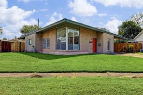 7614 cayton street, houston, TX 77061