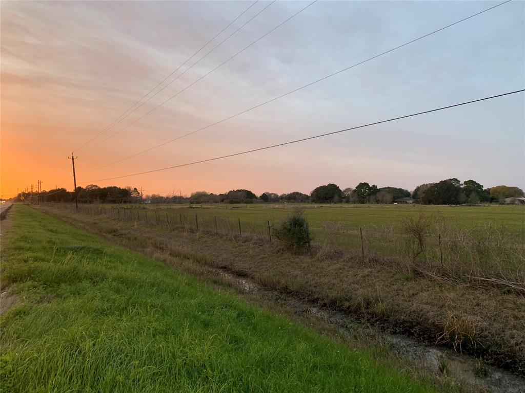0 Fm 1462 Road, Damon, TX 77430