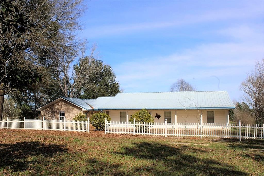 332 County Road 2107, Burkeville, TX 75932