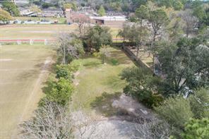910 Sprucewood, Hedwig Village, TX, 77024