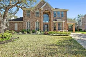 207 Oak Creek Lane, League City, TX 77573
