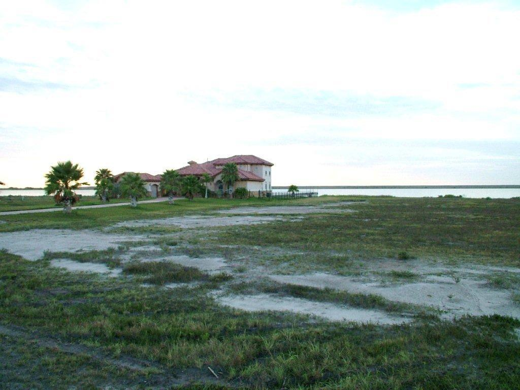 135 Sunrise, Rockport, TX 78382