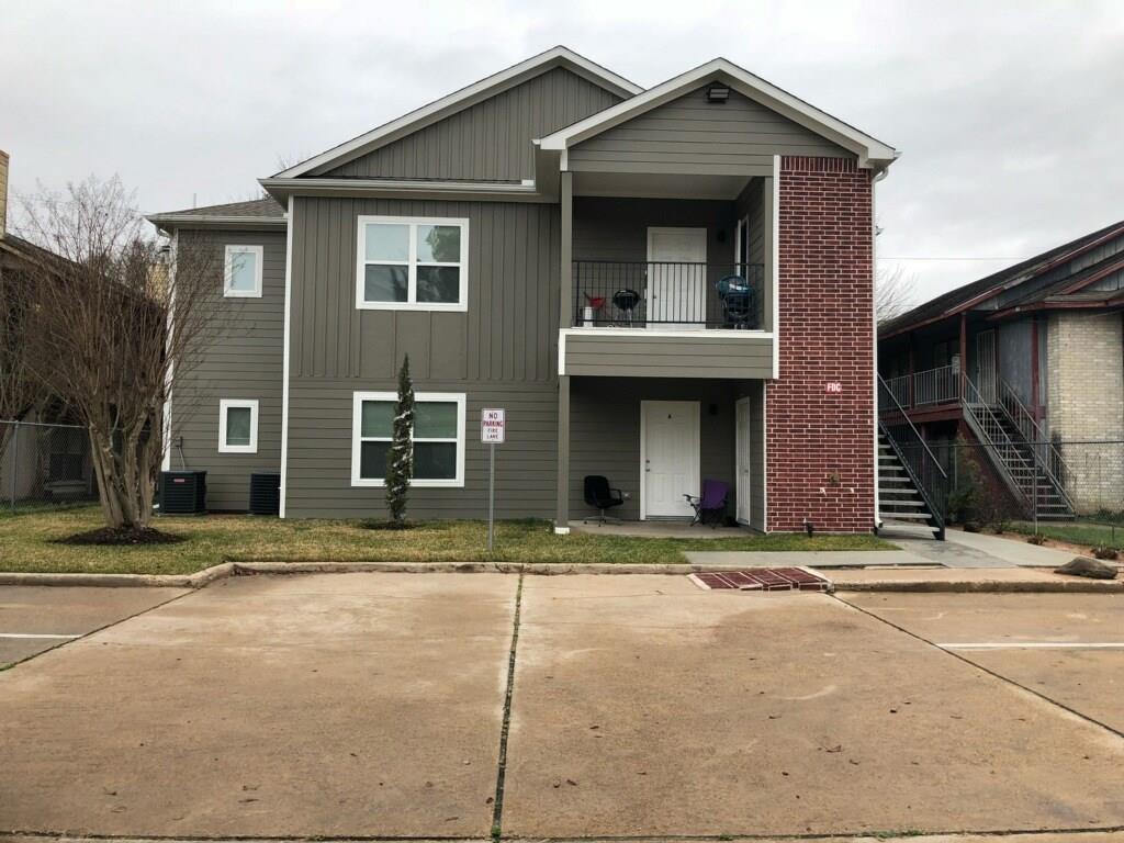 6122 W Mount Houston Road 4, Houston, TX 77088