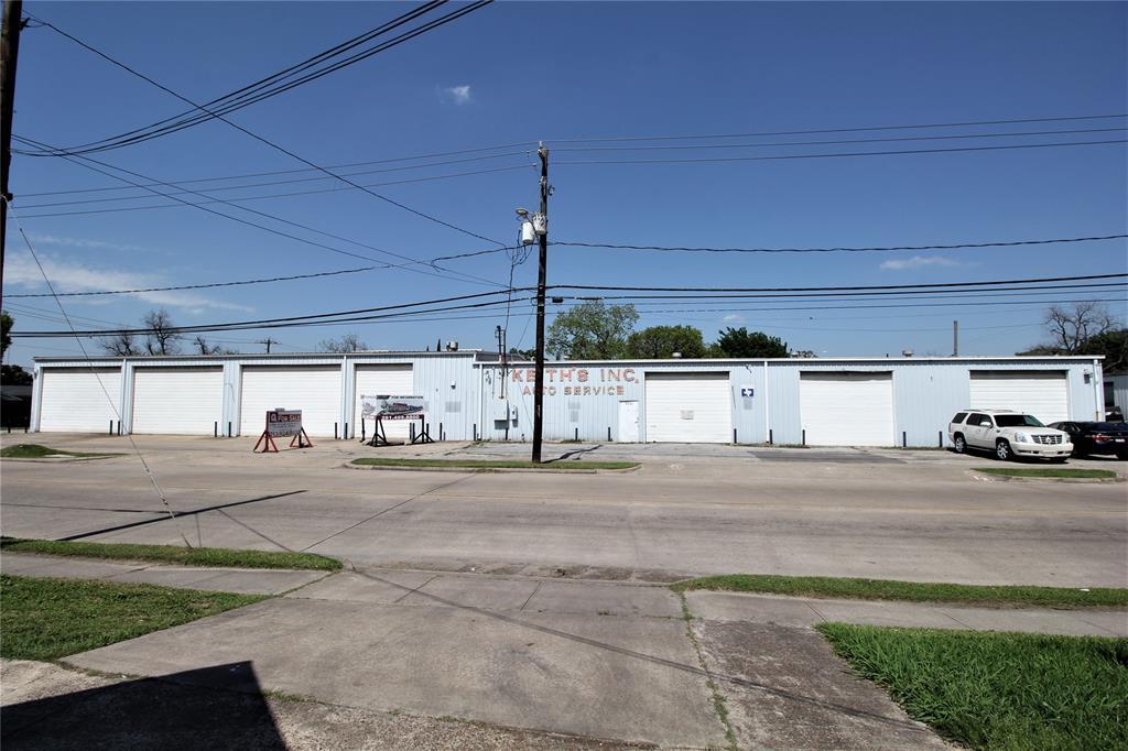5021 Canal Street, Houston, TX 77011
