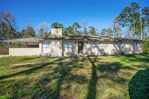 1487 Southwood Drive, Huntsville, TX 77340