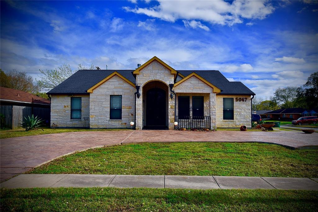 5047 W Bellfort Street, Houston, TX 77035