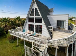 16721 Captain Hook, Jamaica Beach, TX 77554