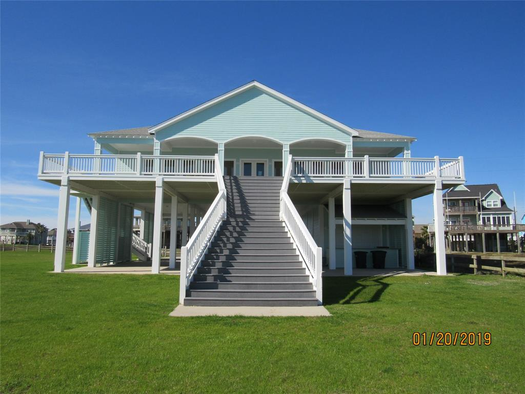 3244 Gulf Castle Drive, Crystal Beach, TX 77650