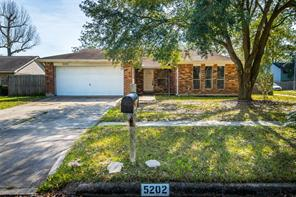 5202 Enchanted Timbers Drive, Humble, TX 77346