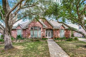 218 Rosemary Lane, Lake Jackson, TX 77566