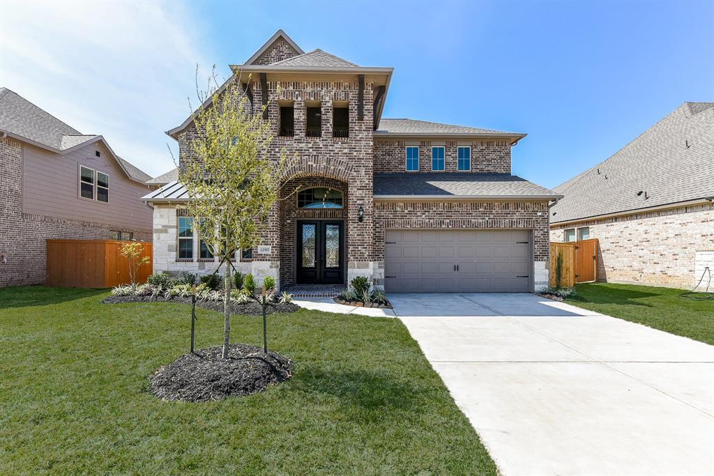 12517 Grayton Drive, Texas City, TX 77568