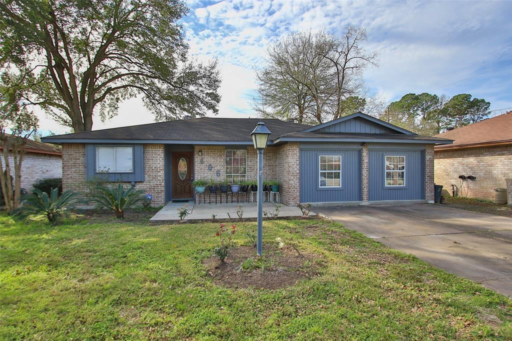 406 Hollyvale Drive, Houston, TX 77060