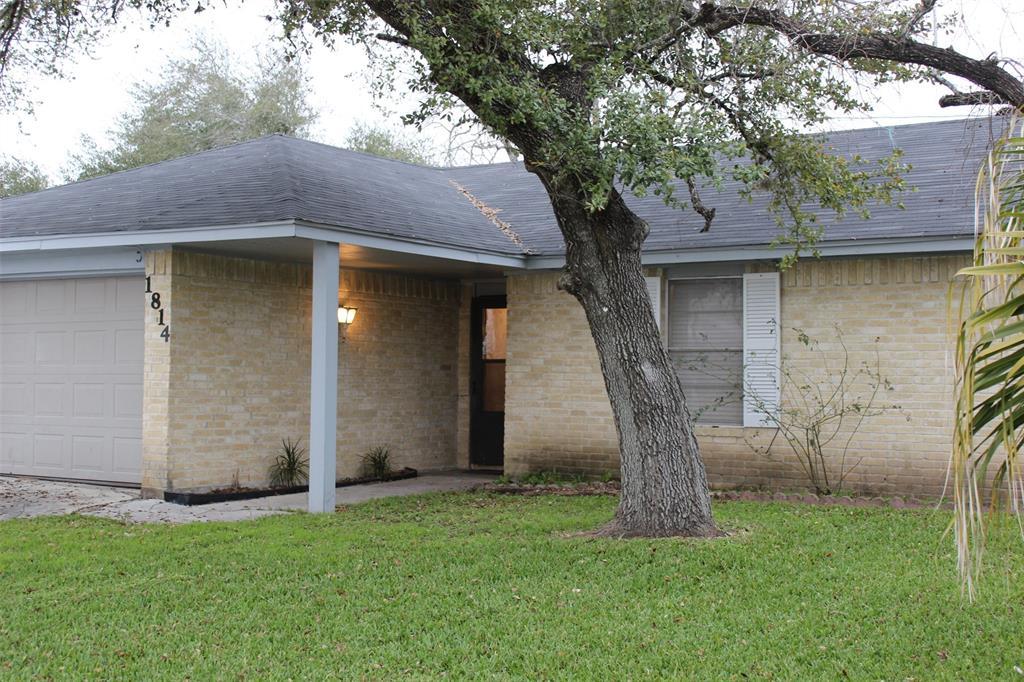 1814 Sam Houston Drive, Victoria, TX 77901