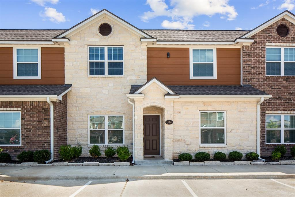 301 Southwest Parkway 304, College Station, TX 77840