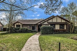 1203 Middlecreek Street, Friendswood, TX 77546