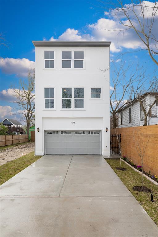 120 E 32nd Street A, Houston, TX 77018