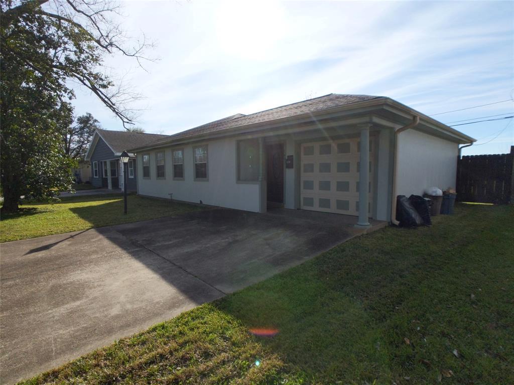 1407 Leggett Dr Drive, Galena Park, TX 77547