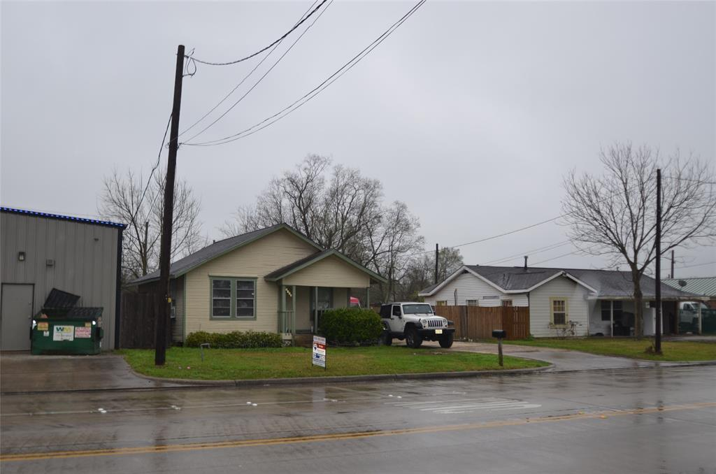 2405 Randolph Road, Pasadena, TX 77503