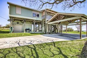 5602 bayside drive, baytown, TX 77523