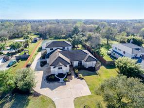 2202 Airline Drive, Friendswood, TX 77546
