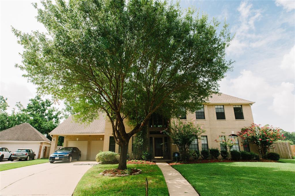 15106 Chandler Hollow Lane, Houston, TX 77049