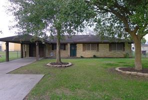 104 kirton court, west columbia, TX 77486