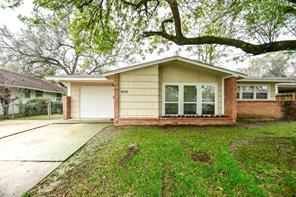5755 bellfort street, houston, TX 77033