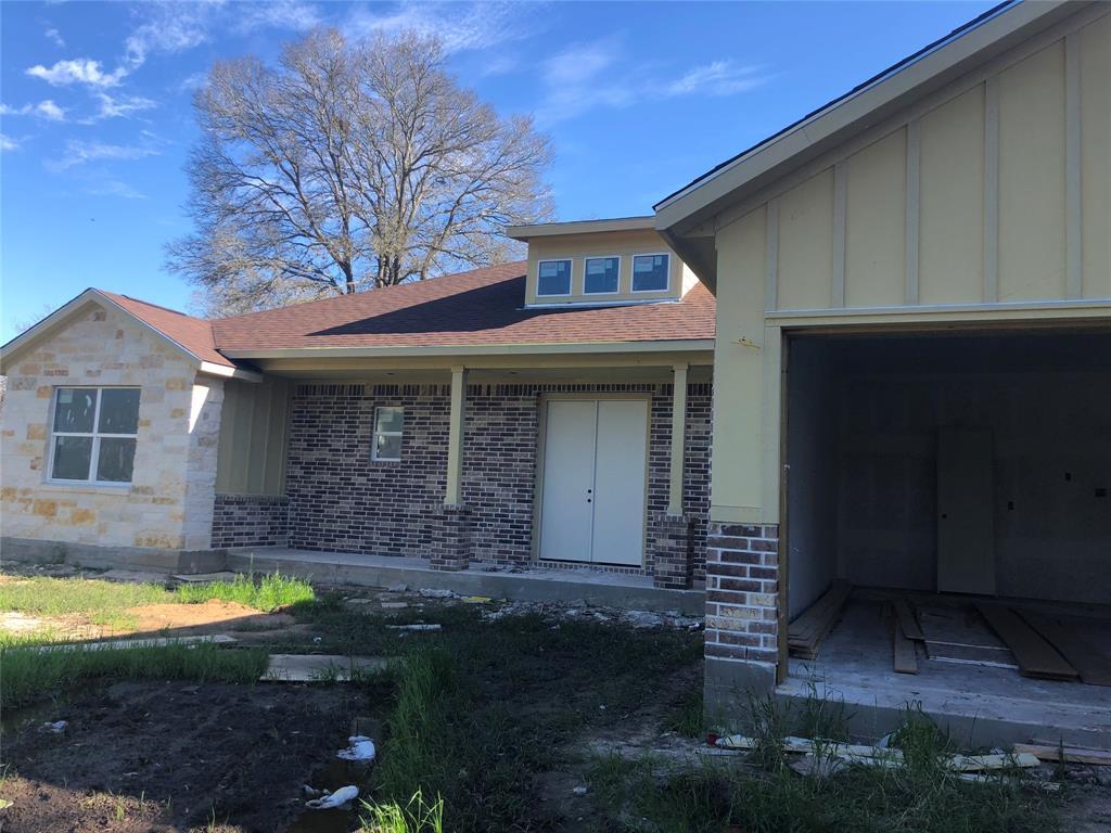 14803 LIVE OAK LN, East Bernard, TX 77435