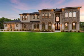 4809 Dutton Lake Drive, Baytown, TX 77523