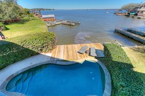 45 Lakeview Village, Montgomery, TX 77356