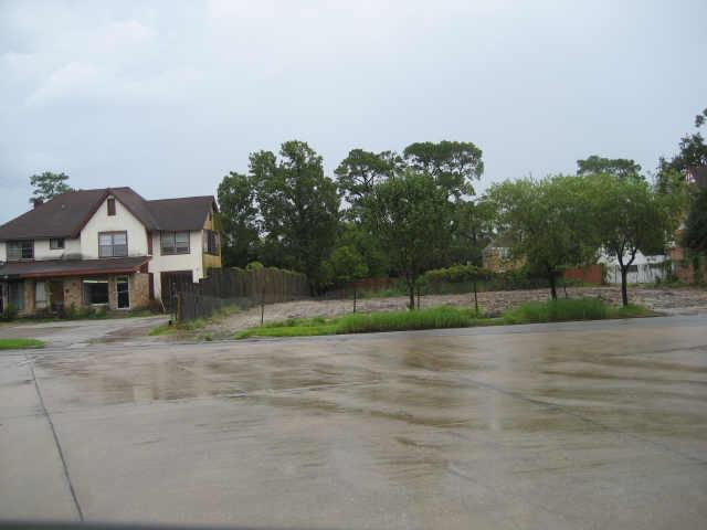 2501 Riverside Drive, Houston, TX 77004