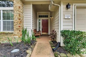 13026 Oakwood Manor Drive, Cypress, TX 77429