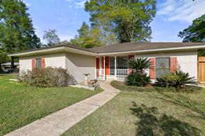 1103 S Fenner Avenue, Cleveland, TX 77327
